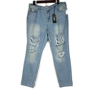 Refuge NWT Distressed Crop Boyfriend Jeans Size 16